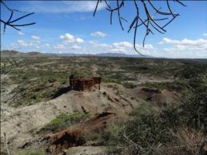 Yacimientos de Olduvai. Expedición Safari AFRICA ETERNA Kenia Tanzania Febrero 2018 Diego Ortega Alonso Paleolitico Vivo